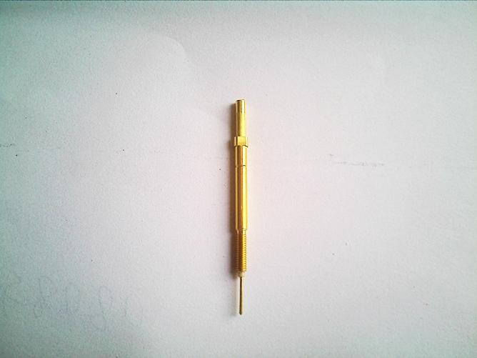 特点:同轴光伏探针,同时可以测试二组信号,外圆环测试硅片电路电压
